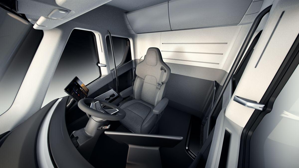 Tesla Semi Yarı Otomatik Pilot